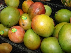 Colon Cancer May Be Prevented By Eating Mangos