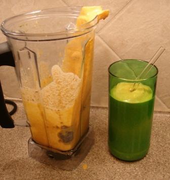 Vitamix Makes a Pumpkin Smoothie