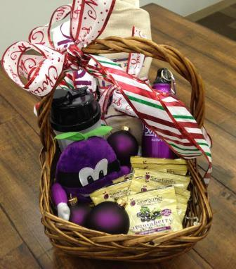 December 2013 Antioxidant-fruits.com Giveaway: Superberries Gift Basket
